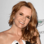 "Lea Thompson Says Women Can't Be Movie Stars After They ""Push a Baby Out"""