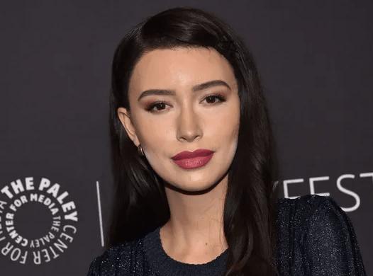 Walking Dead' star Christian Serratos to play Selena Quintanilla in Netflix show