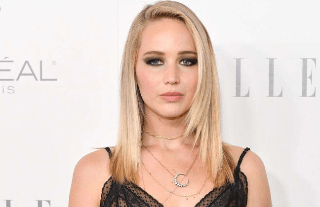 How did Jennifer Lawrence become an actress?